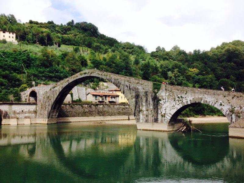 In gita fra i ponti da lucca fino alla montagna pistoiese for Ponte sopra i disegni del garage