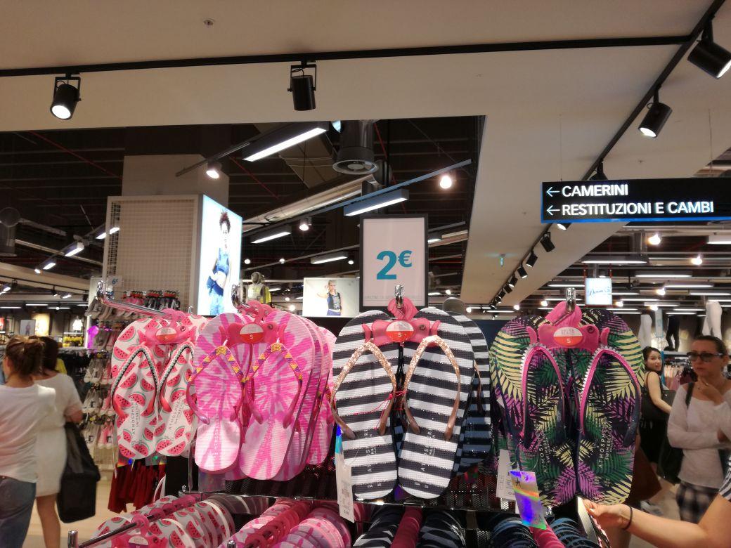 ottenere a buon mercato alta moda pensieri su Da Primark Firenze a comprare per la famiglia - Firenze ...