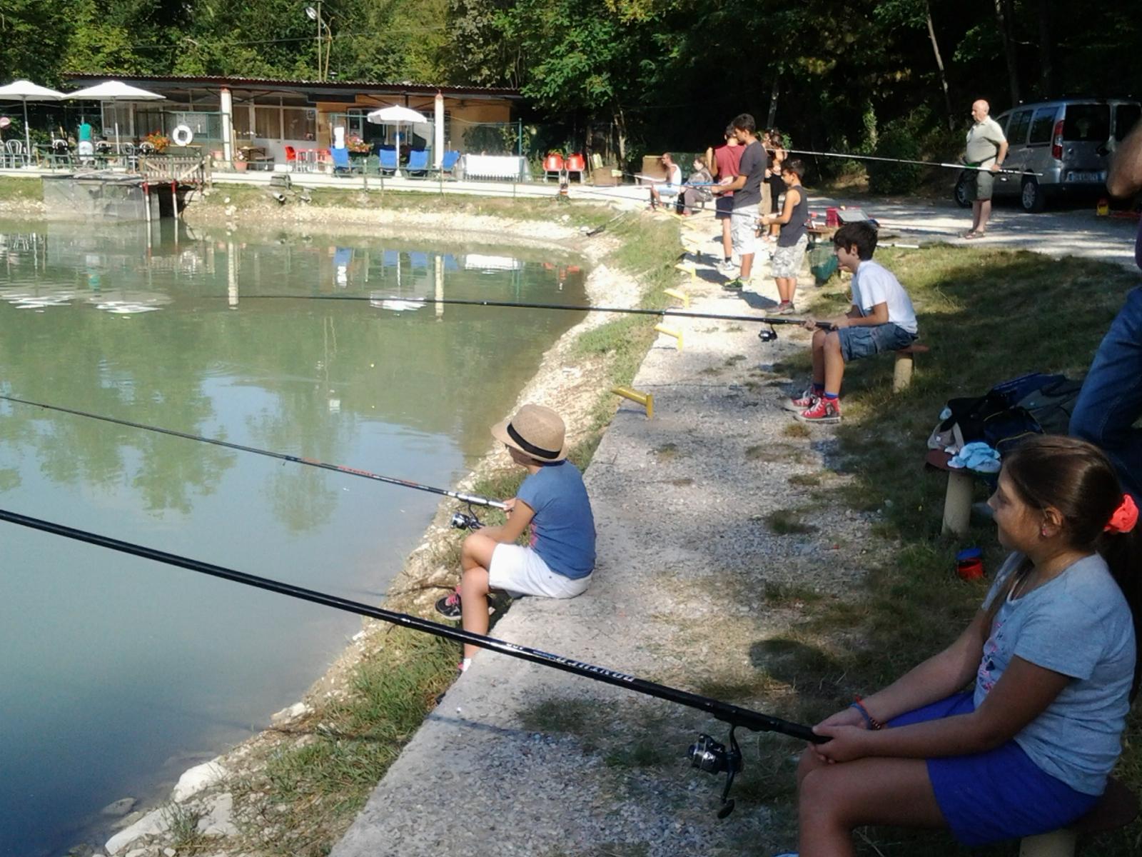 Corso di pesca per bambini vicino a Firenze