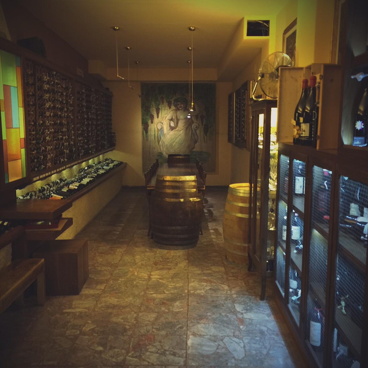 A Firenze degustazioni speciali di vini e liquori al wine bar dell'Alessi