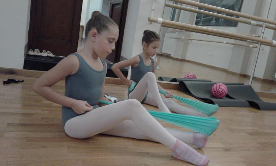 Danza classica per bambini cose da sapere prima di iscrivere i ... d7898523f81d